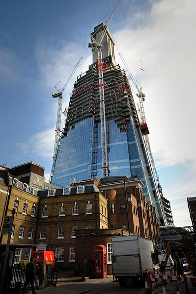 The Shard S Progress In Pictures Art And Design The