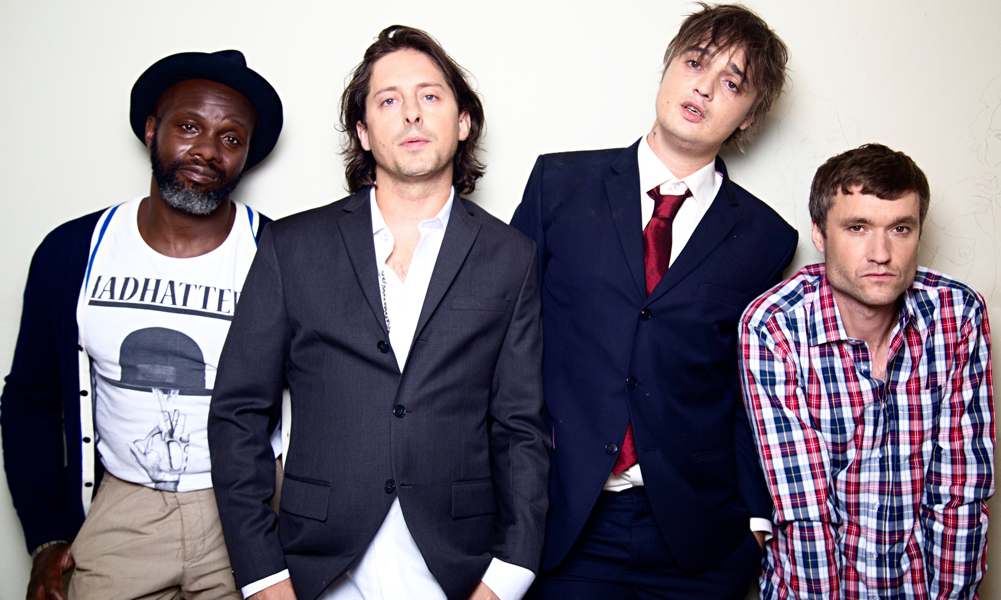 https://i0.wp.com/static.guim.co.uk/sys-images/Observer/Pix/pictures/2015/9/1/1441115844116/The-Libertines-CDs-009.jpg