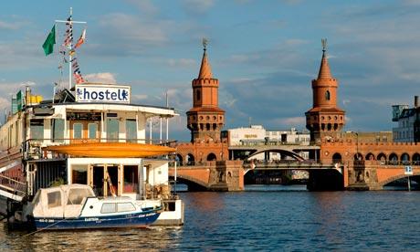 Hostelboat Eastern Comfort