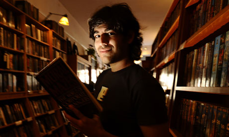 https://i0.wp.com/static.guim.co.uk/sys-images/guardian/About/General/2013/1/17/1358440269652/Aaron-Swartz-poses-010.jpg