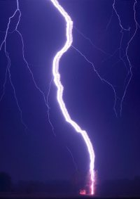 What determined the duration of a lightning strike