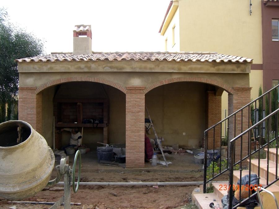Foto Construccion de Porche de Obra de Construcciones