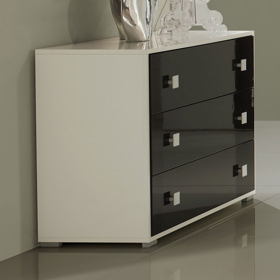 Commode laquee noire
