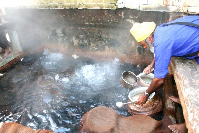 Hot Springs at Manikaran