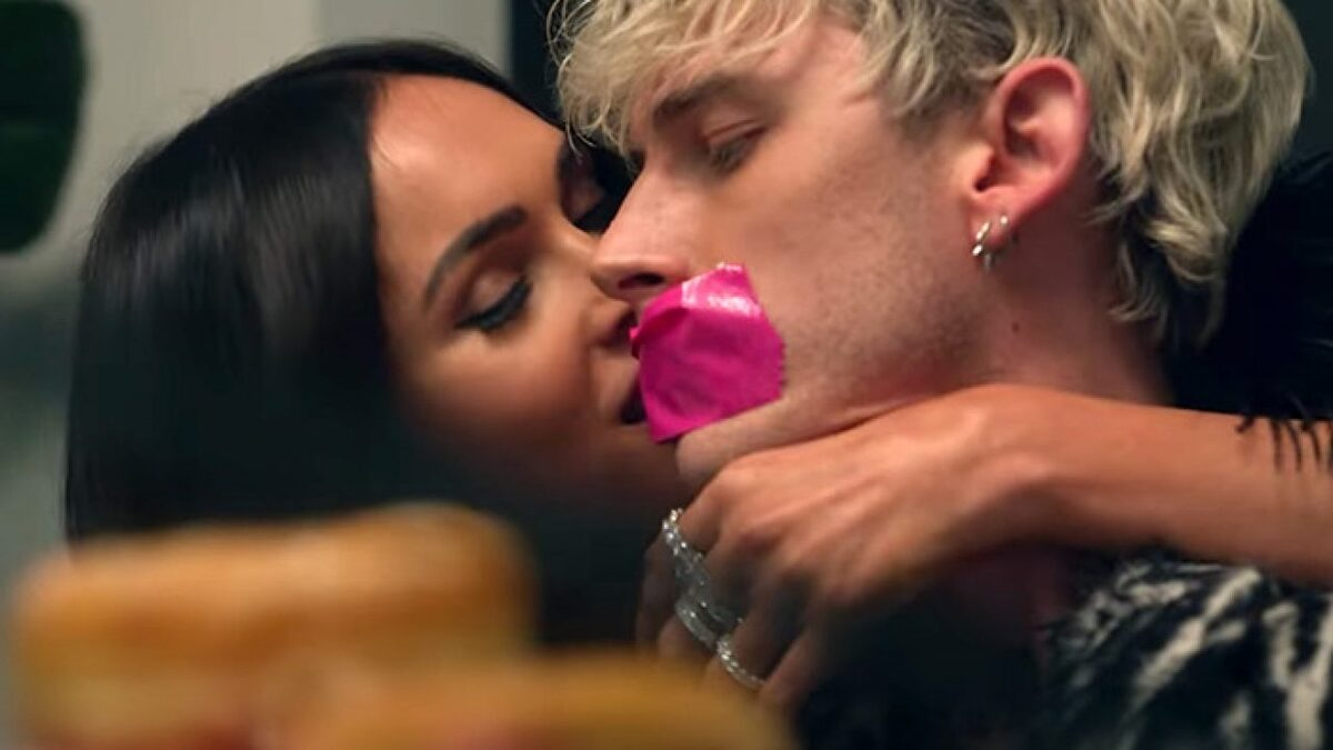 Machine Gun Kelly Confirms Megan Fox Dating Rumors After Making Out In  Public | HipHopDX