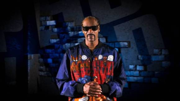Snoop Dogg Preps Gift For Christmas 2020 By Announcing 'Take It From A G' Album
