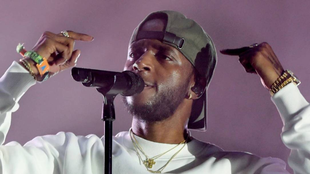 6LACK Covering Therapy Costs For Black Youth As Part Of Mental Health Campaign