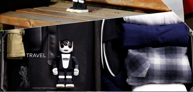 RoBoHon, al Sharp, este unul dintre acești roboți asistenți dispuși să intre în toate ipostazele vieții noastre.