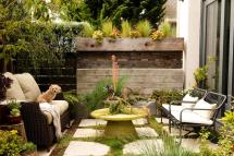 Small Backyard Ideas Make Space Bigger