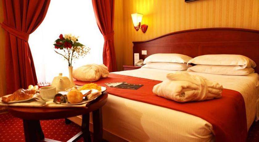Augusta Lucilla Palace 4 Rome Guest Reviews Hros
