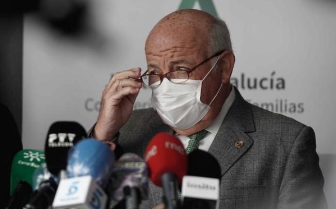 Covid en Andalucía | La Junta advierte de que la tasa de coronavirus es  «altísima» | Ideal