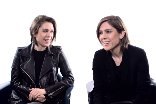 Tegan And Sara Have Very Strong Opinions About Flipflops