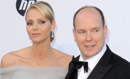Jos Albert ei saa lapsia avioliitossa, periytyy kruunu Carolinen vanhimmalle pojalle.