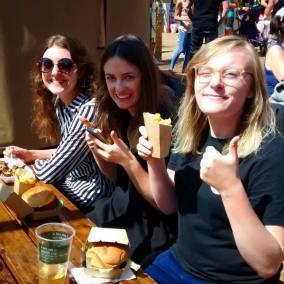 Impression girls at the Nottingham Beach