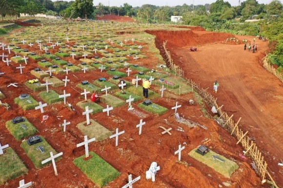 The health protocol violators were not involved in the actual burials