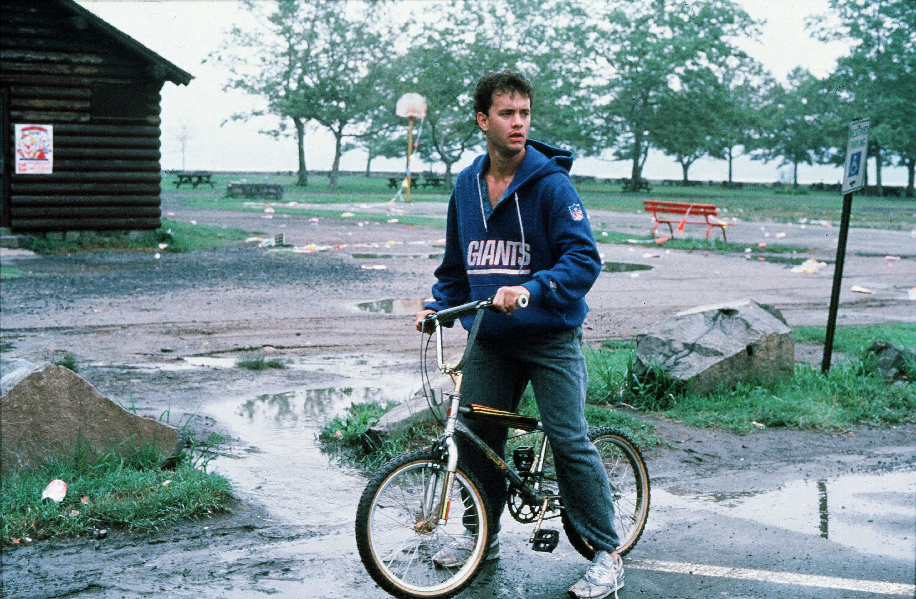 <p> Tom Hanks në filmin e vitit 1988 </p>