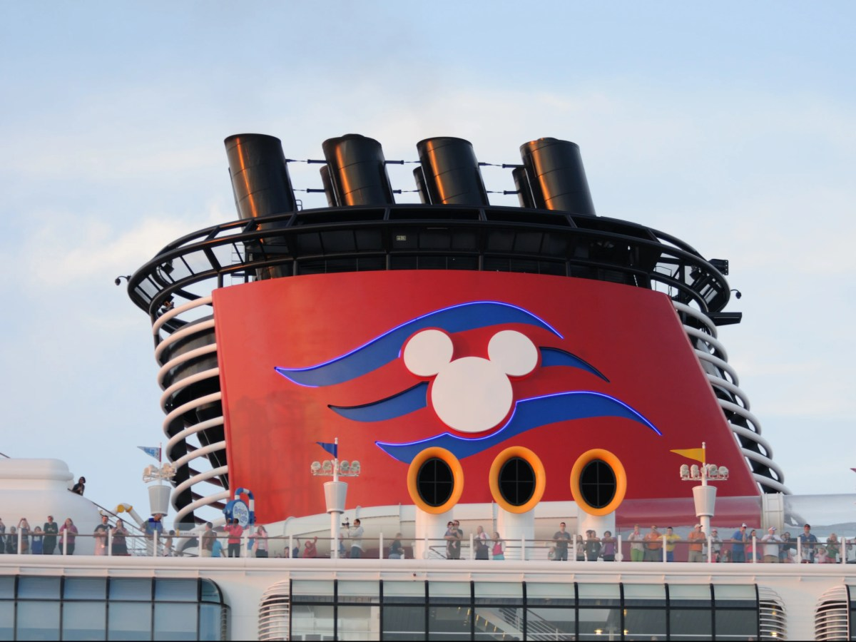 , Parents sue Disney cruises for $20m over alleged sexual assault of daughter, The Evepost BBC News