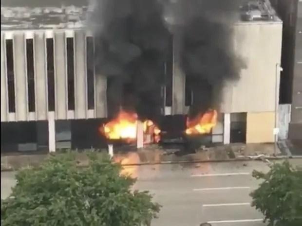 burning-building-houston.jpg