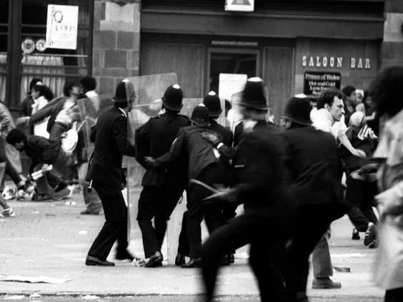 20-Brixton-Riots-PA.jpg