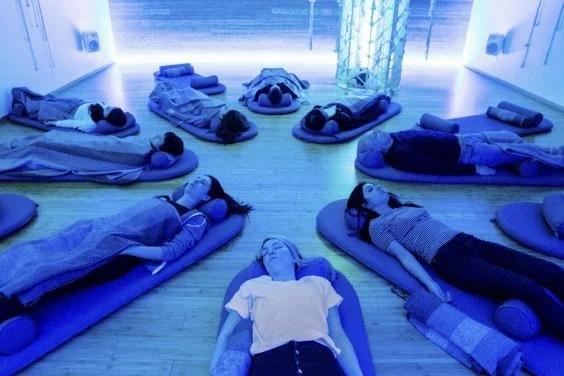 sleep-gadgets-adv09-2-1514976.jpg