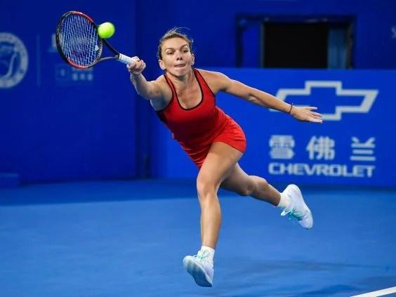 simona halep - Caroline Wozniacki resurgence continues as Simona Halep secures top seed for Australian Open