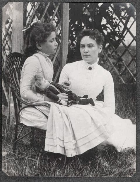 Helen Keller Baby Pictures : helen, keller, pictures, Picture, Helen, Keller, Child, Revealed, After, Years, Independent