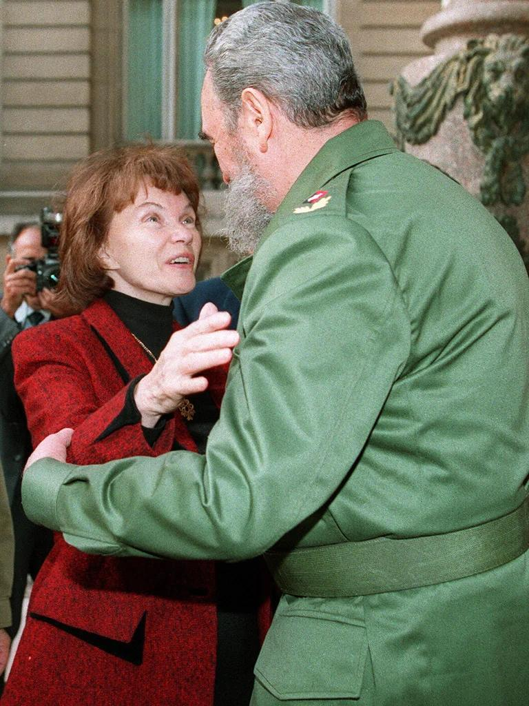 Danielle Mitterrand Et Son Amant : danielle, mitterrand, amant, Danielle, Mitterrand:, First, France, Outspoken, Human-rights, Activist, Independent