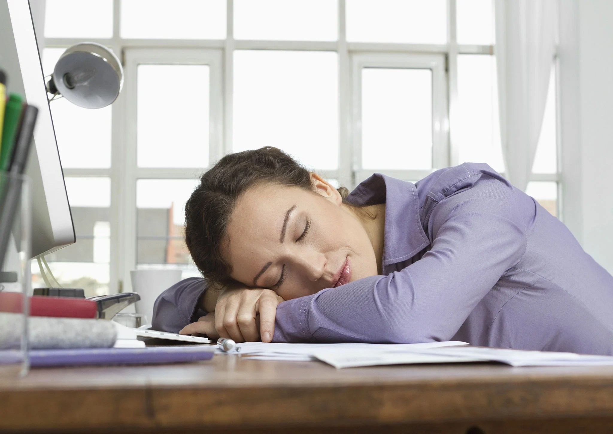 study desk and chair do it yourself standing a 45-minute power nap can boost your memory five-fold ...
