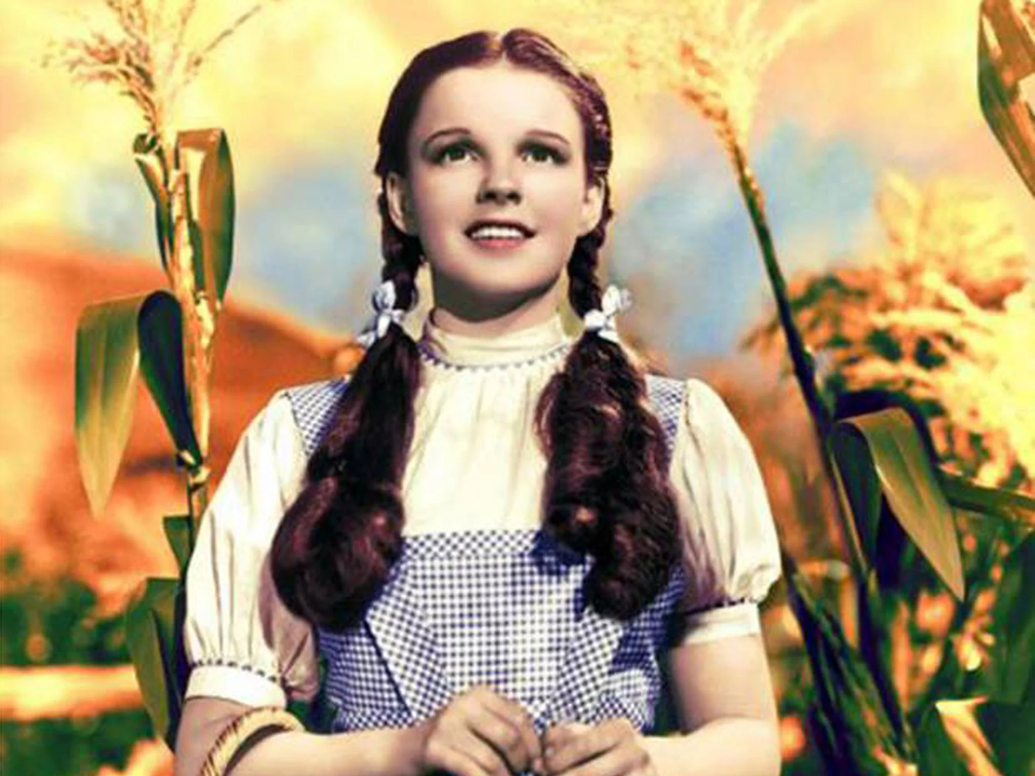 Judy Garland's Dress From The Wizard Of Oz Expected To