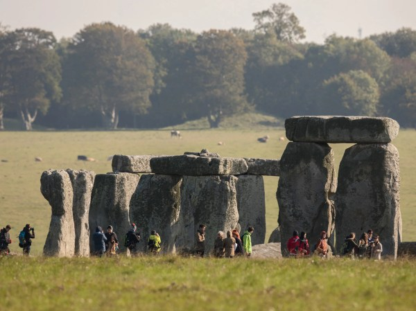 Stonehenge Built In Wales And 'dragged '