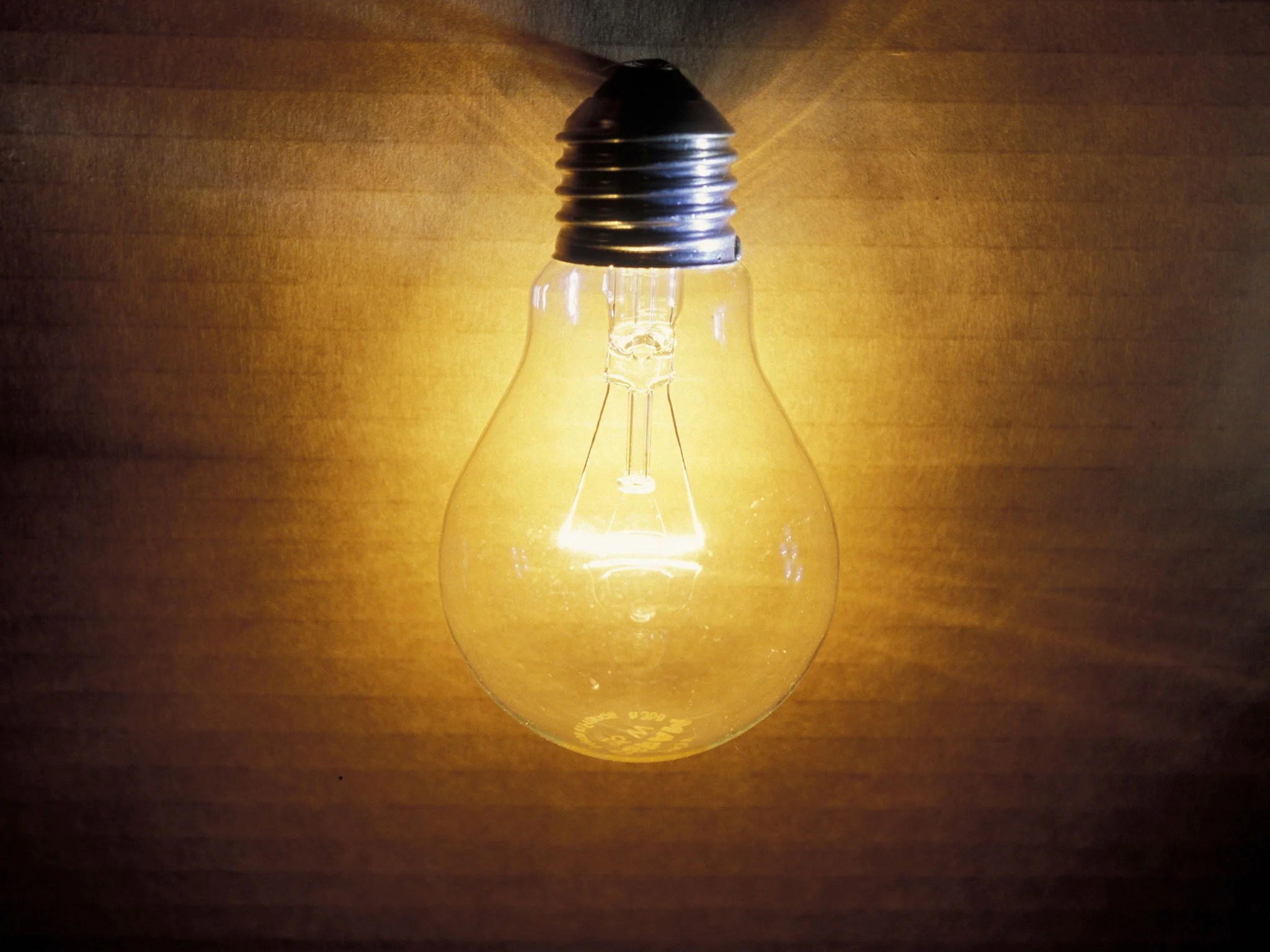 old fashioned light bulbs
