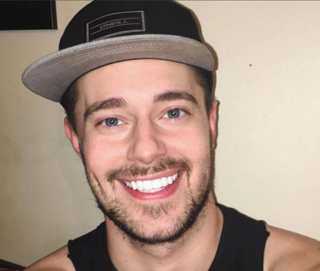 Chris Crocker Star Of Leave Britney Alone Video Responds To Media Reports About Appearance