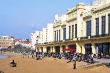 Hours In Biarritz Restaurants Hotels And Places