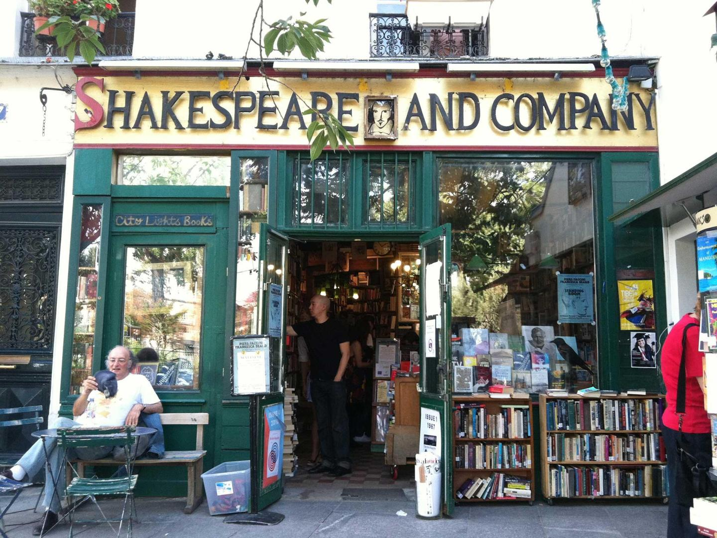 Image result for shakespeare and company paris