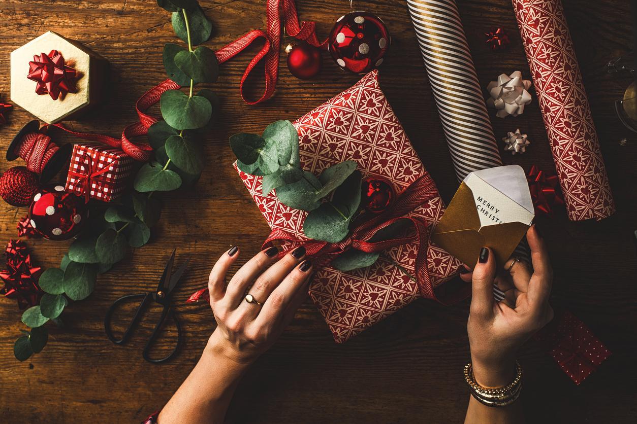 unwanted christmas presents set