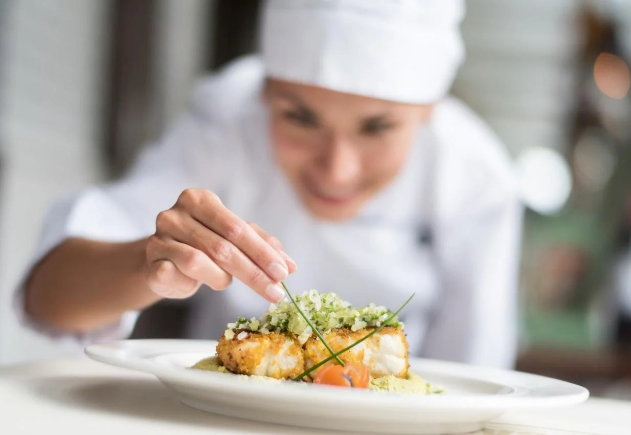 kitchen chief distressed chairs chef in all female restaurant explains why she rejected her michelin star