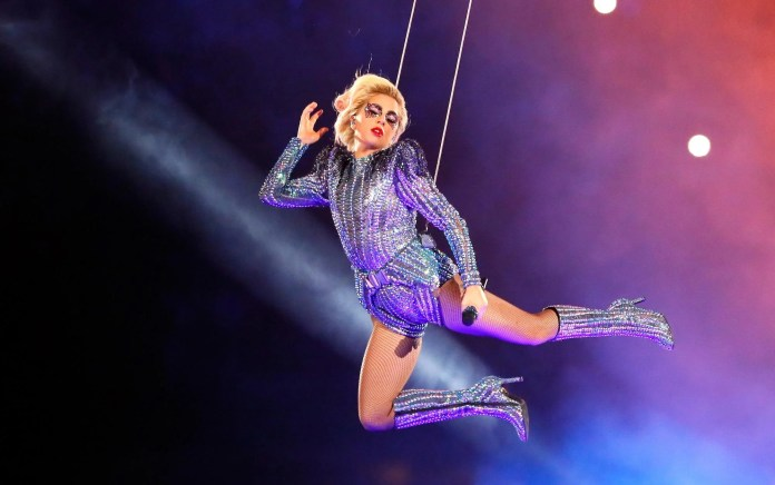 Resultado de imagen de Lady Gaga Returning to Super Bowl, Books Super Bowl Weekend Concert!""