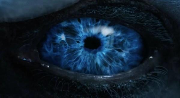 Het oog van de nieuwe draak voor de winter walkers