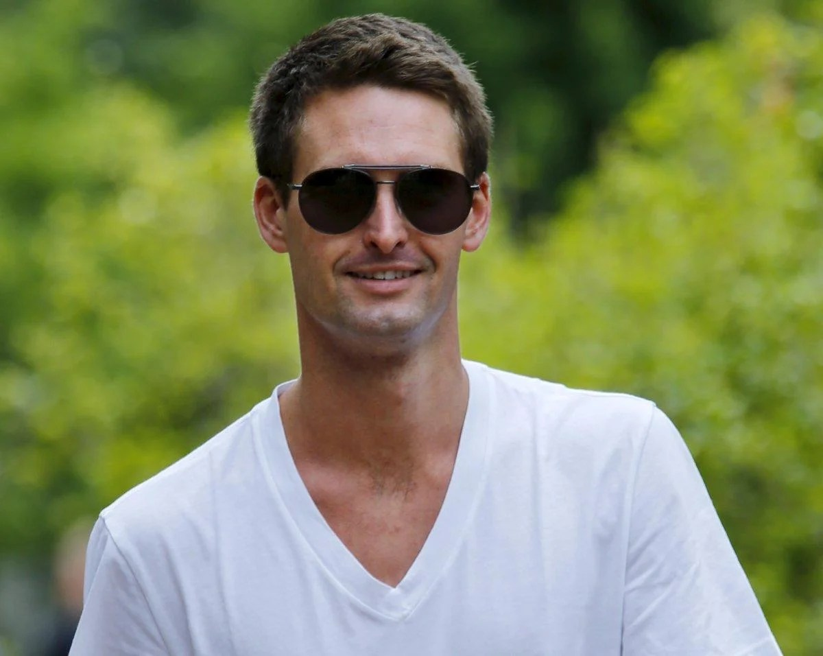 The fabulous life of billionaire snapchat ceo evan spiegel also rh independent