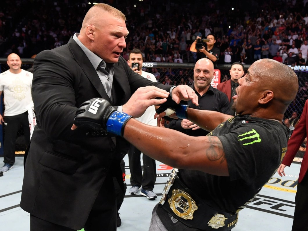 https://i0.wp.com/static.independent.co.uk/s3fs-public/thumbnails/image/2018/07/08/12/brock-lesnar-daniel-cormier.jpg?w=1060&ssl=1