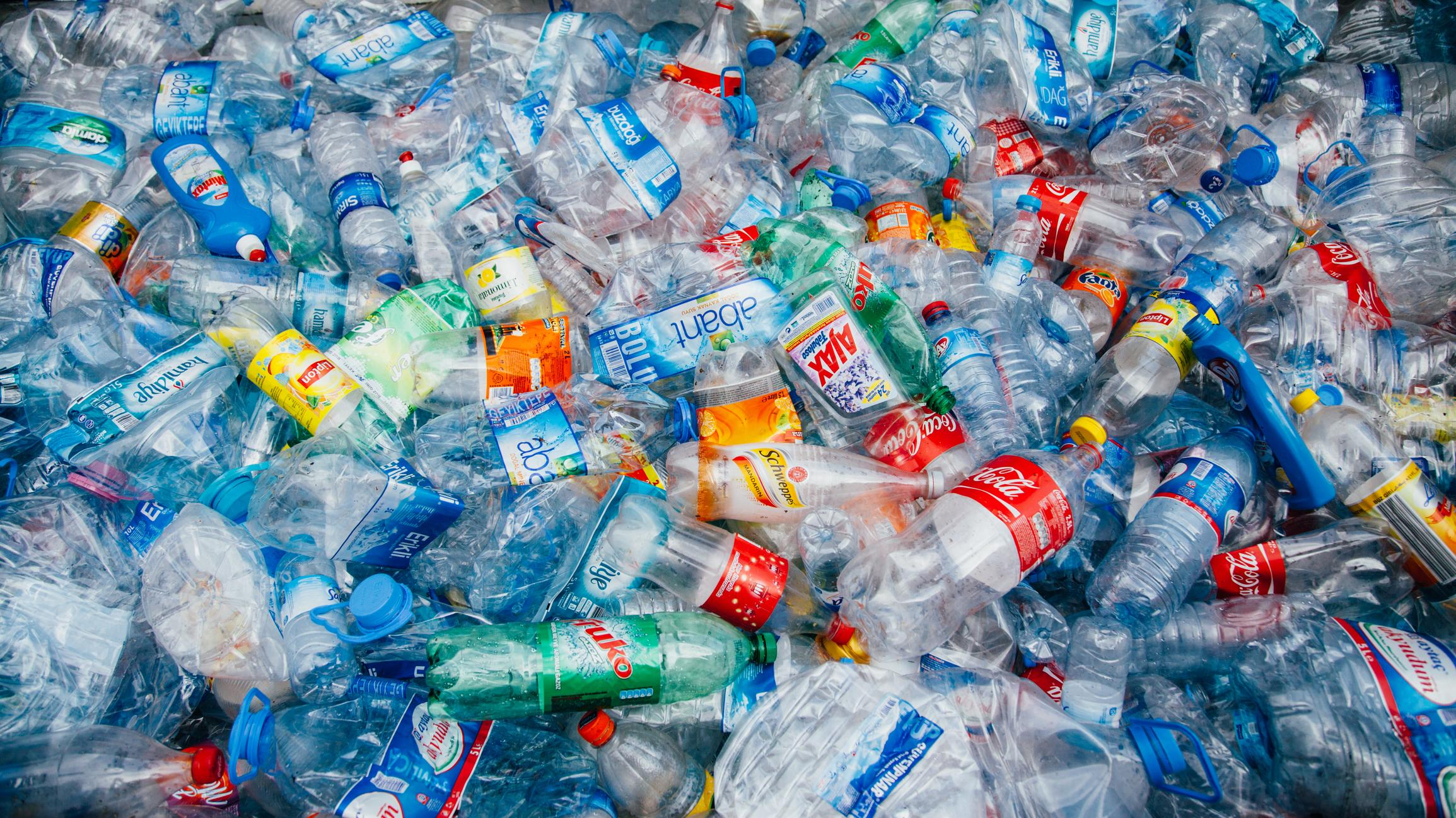 Plastic waste could be turned into hydrogen for fueling cars