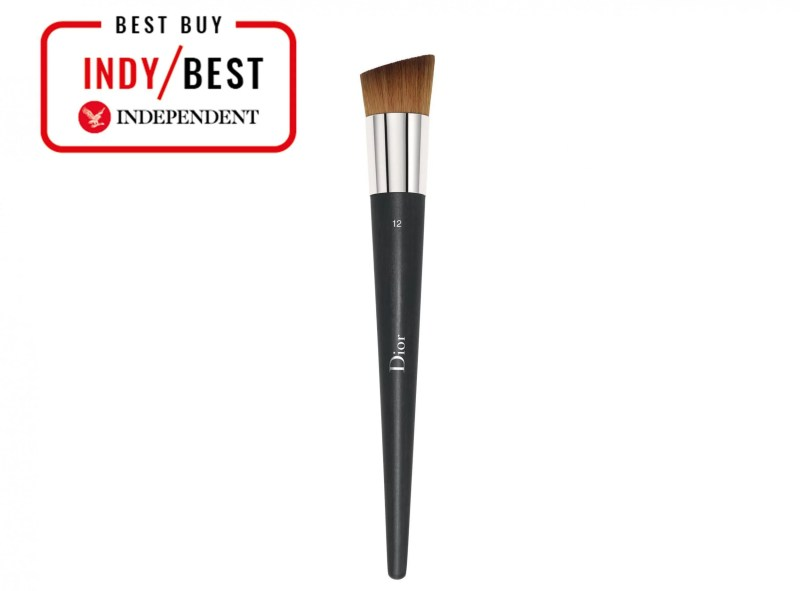 10 Best Foundation Brushes And Sponges