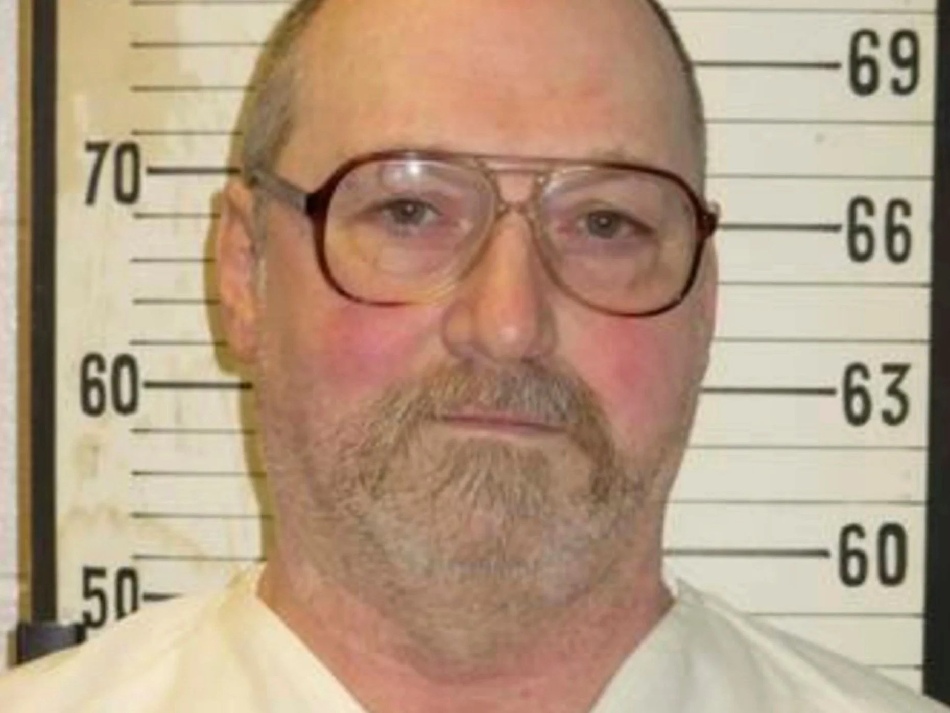 death by electric chair video twin pull out tennessee executes longest serving row inmate using david earl miller convicted of murder in 1981