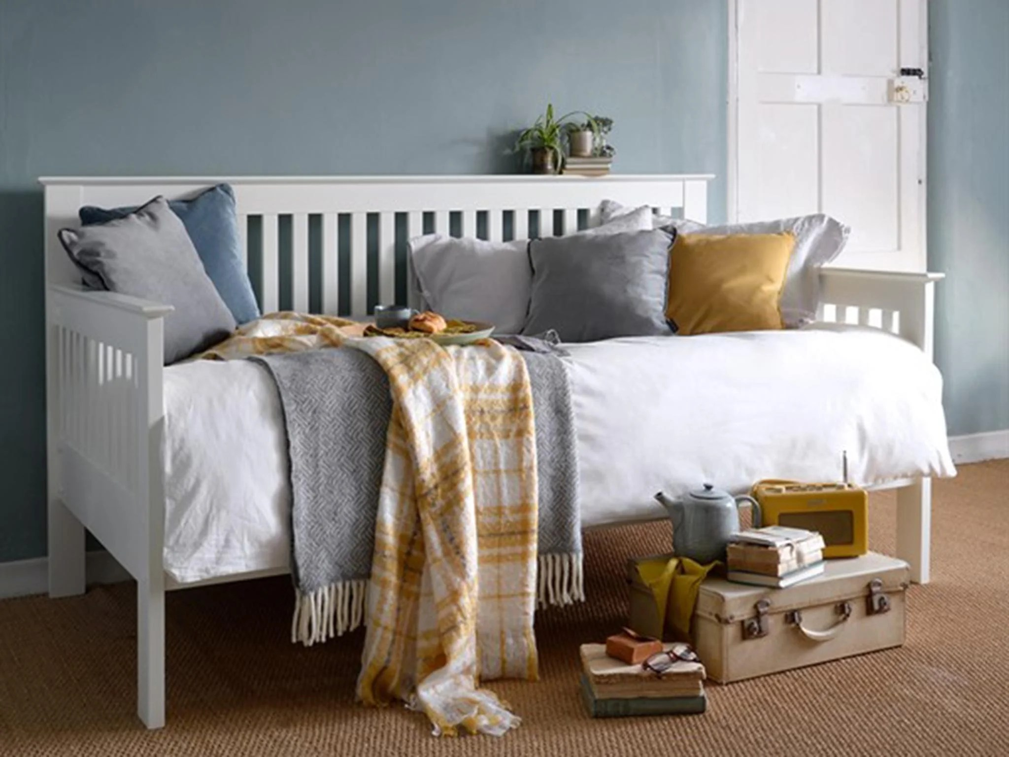 12 Best Day Beds The Independent The Independent