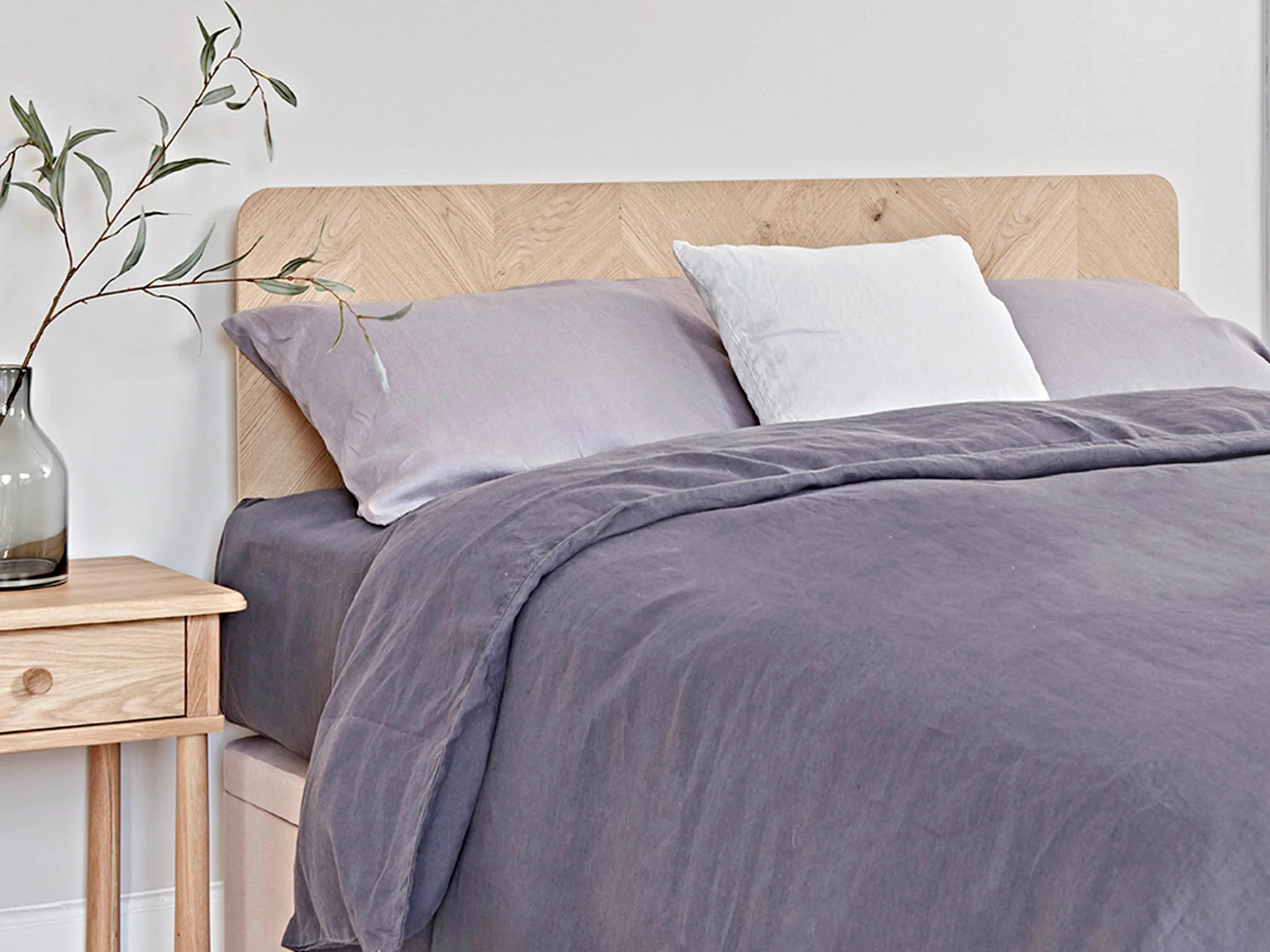 Best Headboard To Transform You Bedroom With