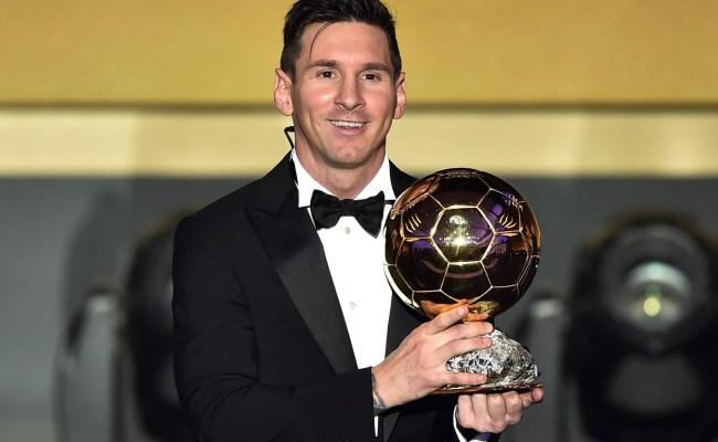Flipboard Messi Wins Record Sixth Men S Ballon D Or Award