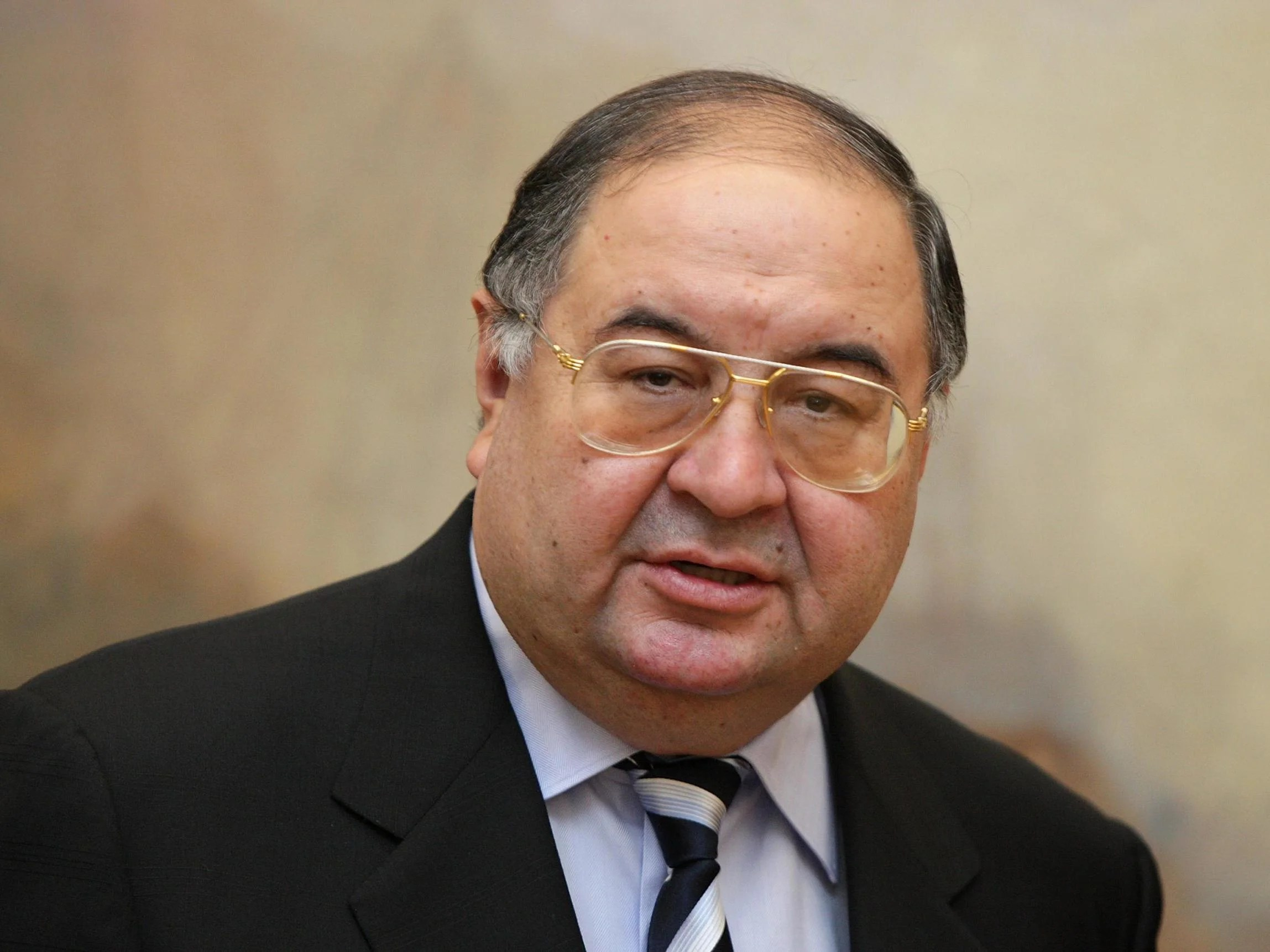 Alisher Usmanov strengthens Everton's ties after purchasing naming rights for the new stadium