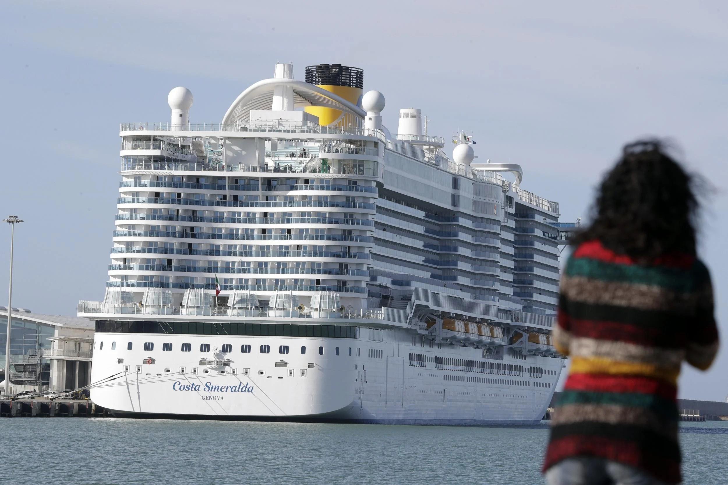 Coronavirus: Thousands of passengers on lockdown onboard cruise ...