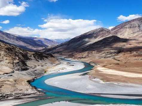 Confluence of the Indus and Zanskar Rivers in Leh   Confluence of ...