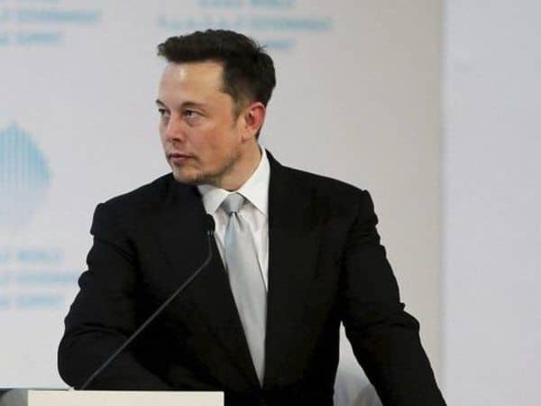 Elon Musk Tells Followers to 'Use Signal' Following WhatsApp Privacy Policy Update